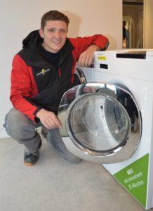 Stefan Messerli zeigt die neusten Trends Waschmaschine und Tumbler